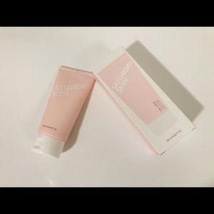 🌸New🌸Saturday Skin Gentle Cleanser